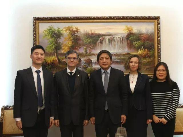 布加勒斯特大學代表團訪問北京外國語大學